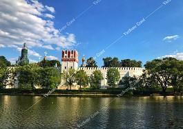 Tu viện Bogoroditse Smolensky nổi tiếng nhất nước Nga